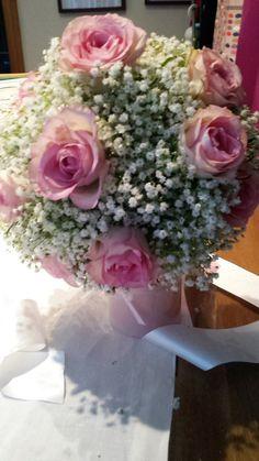 Wedding bouquet with gypsophilia and pink roses. #wedding #ezeevents