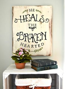 He heals the brokenhearted // wood sign by Aimee Weaver Designs id like this in my future home Pallet Crafts, Pallet Art, Wood Crafts, Diy Crafts, Pallet Wood, Bible Crafts, Diy Wood Signs, Pallet Signs, Rustic Signs