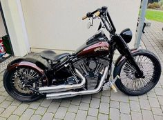 Harley Davidson Bike Pics is where you will find the best bike pics of Harley Davidson bikes from around the world. Harley Panhead, Harley Davidson Knucklehead, Harley Davidson Chopper, Harley Bikes, Harley Davidson Motorcycles, Softail Bobber, Harley Davidson Custom Bike, Classic Harley Davidson, Used Harley Davidson