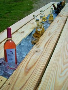 "Picnic table ""cooler"""