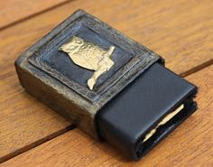 How to make an Altered Matchbox Book Cover & Mini Book: Wonderful Tutorial from Crafty Bitz.