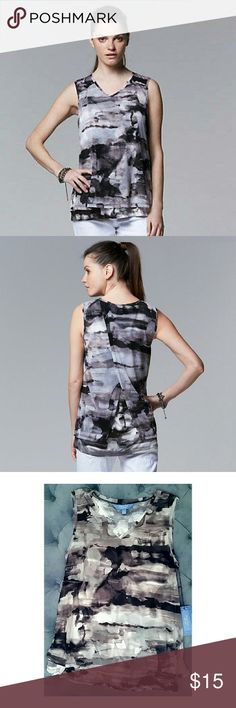 L Watercolor Print Mesh Overlay V-neck Grey Tank New with Tag  LARGE artsy watercolor print and mesh overlay, Simply Vera Vera Wang V-Neck tank top with cool layered/vented back hem.  PRODUCT FEATURES Chiffon trim V-neck Soft jersey construction FIT & SIZING Vented hem FABRIC & CARE Rayon Simply Vera Vera Wang Tops