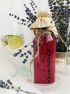 Kaja, Yummy Drinks, Water Bottle, Homemade, Food And Drink, Canning, Lavender, Fun, Recipes
