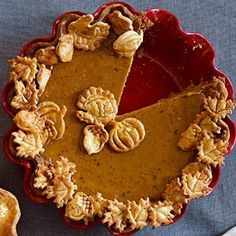 Pecan Pumpkin Butter Pie with Cinnamon-Caramel Sauce - Never heard of pecan pumpkin butter, but it sounds amazing - definitely worth looking for! The recipe sounds incredible. the cinnamon caramel sauce alone is out of this world! Pumpkin Recipes, Pie Recipes, Pumpkin Pies, Sauce Recipes, Yummy Recipes, Dessert Recipes, Scones, Pie Crust Designs, Xmas