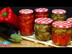 CONSERVA DE BERENJENA Y PIMIENTOS ASADOS. Loli Domínguez. Recetas paso a paso, tutorial - YouTube Pickled Eggplant, Canning Recipes, Pork Chops, Pickles, Risotto, Dips, Side Dishes, Food And Drink, Tasty