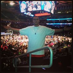 Observad como la multitud del Madison Square Garden me aclama... *sarcasmo*