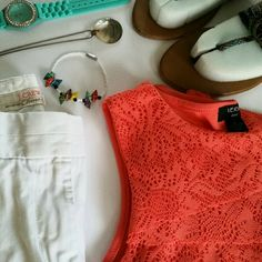 """Coral lace tank. Verve. S. 18"""" under arm to arm. 25"""" top to hem. Super cute coral lace tank top. Multi-tiered lace gives a slimming effect! Verve Small>> fits a small/medium easily! Soft, stretchy material keeps you cool! Zigzag pattern gives slimming effect. Excellent condition. Verve Tops Tank Tops"""