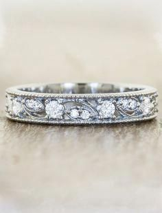How Are Vintage Diamond Engagement Rings Not The Same As Modern Rings? If you're deciding from a vintage or modern diamond engagement ring, there's a great deal to consider. Wedding Rings Simple, Custom Wedding Rings, Beautiful Wedding Rings, Wedding Rings Solitaire, Wedding Ring Designs, Wedding Rings Vintage, Bridal Rings, Diamond Wedding Rings, Vintage Engagement Rings