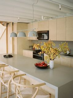 Photo 17 of 27 in Before & After: An L.A. Loft in a Former Nabisco Factory Gets a Japanese-Inspired Makeover - Dwell Muuto Lighting, Kitchen Pendant Lighting, Kitchen Pendants, Lighting Design, Pendant Lamp, New Kitchen, Kitchen Dining, Kitchen Island, Light Hardwood Floors
