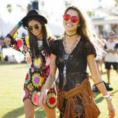 The girl with the crocheted dress I was already obsessing over (and I'm not alone -- she's in EVERY best-of roundup) teams up with a girl in another awesome crocheted dress! (Coachella 2015)