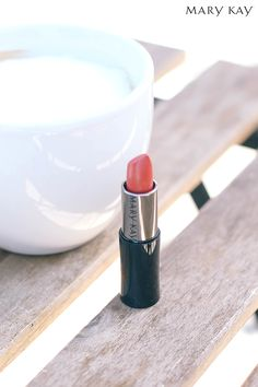 What does your weekend lipstick shade say about you? Are you going for a natural look? Getting ready for a night out? Discover a new color to work into your weekend beauty routine. | Mary Kay