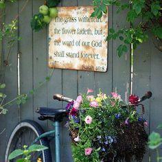 3 Free Clever Tips: Downward Sloping Garden Ideas backyard garden fence garage.Garden Ideas Flower Window garden for beginners sunflowers.Backyard Garden How To Build. Unique Gardens, Beautiful Gardens, Beautiful Beaches, Yard Art, Pot Jardin, Old Bikes, Garden Signs, My Secret Garden, Garden Projects