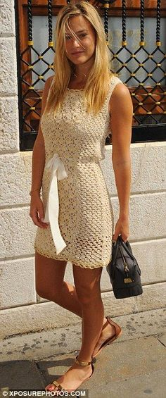 crocheted dress... ♪ ♪ ... #inspiration_crochet #diy GB