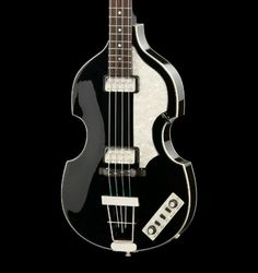 This is the Hofner bass that I want so bad! A black violin bass. So beautiful!~Lauryn