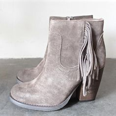sbicca marimba suede ankle boots with fringe (2 colors) - shophearts - 4
