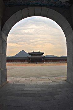 #Gyeongbokgung | Seoul Palace Dusk