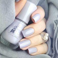 "our wonderful gel nail polish ""37 serendipity"" presented by @coranevia"