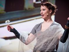 Don't make people pay for music, says Amanda Palmer: Let them. In a passionate talk that begins in her days as a street performer (drop a dollar in the hat for the Eight-Foot Bride!), she examines the new relationship between artist and fan.