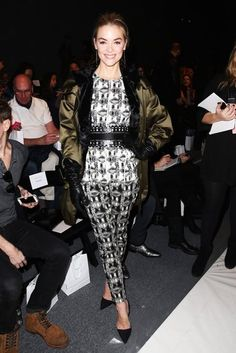 Steal Style Inspiration Straight From NYFW's Front Rows: Jaime King donned a print ensemble and finished with a silky green jacket and black leather gloves at Lela Rose.