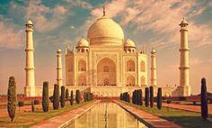 Taç Mahal, taşa kazınmış en güzel aşkı içinde barındıran bir anıt mezar. Hindistan'ın Başkenti Agra kentindeki Taç Mahal, sadece o kentin, ülkenin değil, dünyanın da en muhteşem yapılarından biridir. Bir anıt mezar olan Taç Mahal, Bâbür mimarisinin en güzel özelliklerini…