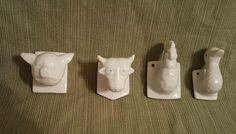 VTG set/4 ceramic animals Pig Cow Chicken Duck hooks hangers kitchen bath towels