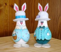 Easter bunnies...could be pretty if more antique and less cartoon...Great idea