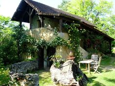 Holiday Home Exterior [summer] - Les Eyzies de Tayac Sireuil house rental