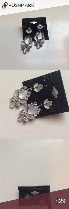 30%offBundles! beautiful earrings! Worn once. Faux diamonds. I bundle! Premier Designs Jewelry Earrings