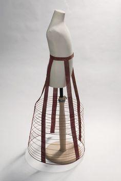 museum of london girl's dress  | 1869 British Girl's crinoline at the Victoria and Albert Museum of ...