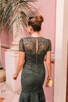 Our June Gal Meets Glam Collection Dresses Just Launched – Gal Meets Glam - lace things Green Lace Dresses, Pretty Dresses, Short Dresses, Dresses Dresses, Club Dresses, Dress Brukat, The Dress, Pageant Dresses, Evening Dresses