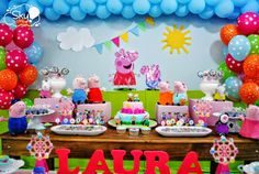One of the most adorable Peppa Pig Parties By Sky Festas Rio Di Janeiro Details to LOVE about this Peppa Pig Party- Sweet backdrop including the use of bright balloons, sky, sun & clouds and … Elsa Birthday Party, Frozen Birthday, Boy Birthday Parties, Birthday Party Decorations, 3rd Birthday, Peppa Pig Balloons, George Pig Party, Peppa Pig Birthday Invitations, Cake Table Decorations