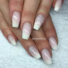 """Faded french & white glitter #naglar #nagelkär #nagelteknolog…"