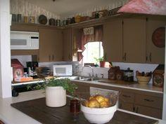 Primitive Kitchen Decorating Ideas | Primitive Country Kitchen - Kitchen Designs - Decorating Ideas - HGTV ...