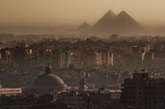 The Great Pyramids - Cairo, Egypt | 22 Majestic Old Buildings Completely Dominating Modern Skylines