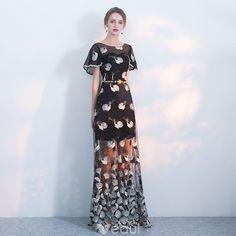 Modern / Fashion Black Evening Dresses 2018 A-Line / Princess Scoop Neck Short Sleeve Embroidered Rhinestone Pearl Metal Sash Floor-Length / Long Formal Dresses