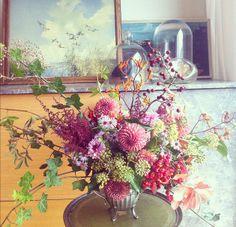 byrd and spry. wild sculptural vintage flowers bespoke arrangements sussex