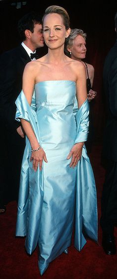 """1997 HELEN HUNT wearing Gucci on the red carpet shortly before she won her Oscar for best actress in a leading role for her work in """"As Good As It Gets""""          (WireImage photo)"""