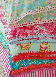 pillowcases with crochet trim, from Flickr user 'rose hip...'  Why not use these trim patterns for flannel baby blankets?????