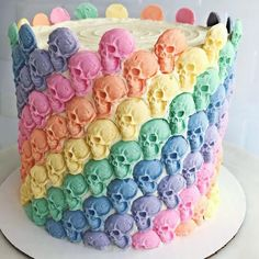 Hey This soon to be birthday boy wants this cake is this positive enough for you guys? Rainbows and skulls. I KNOW the cake is gluttony but that is why you are only supposed to have cake once a year on your Birthday! Bolo Halloween, Halloween Cakes, Halloween Treats, Halloween Fun, Pretty Cakes, Beautiful Cakes, Amazing Cakes, Cupcakes, Cupcake Cakes