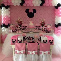 Ver esta foto do Instagram de @xeumel • 28 curtidas Minnie Mouse Birthday Theme, Mickey Party, Minnie Mouse Party, Mini Mouse Baby Shower, Birthday Party Decorations, Birthday Parties, Little Girl Birthday, Marie, Creations