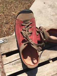 Keen Womens Size 6 Red Leather Khaki Lace Up Shoes Mint Everyday Casual Sneaker | eBay