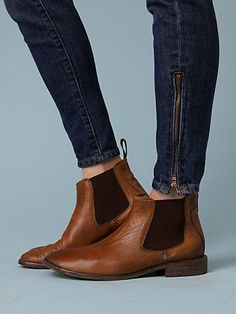 I have Chelsea boots in black, but now I need them in brown!