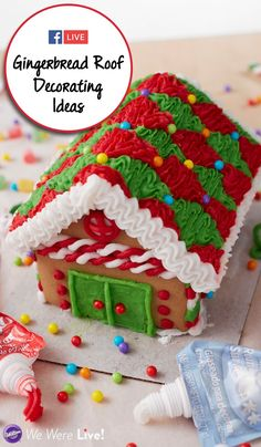 Click to watch great ways to decorate your gingerbread houses' roof! #facebooklive #gingerbreadhouse #holidays #christmas #wiltoncakes