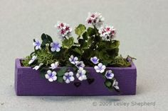 How to Make More than 40 Paper Plants and Flowers: Make a Miniature Window Box
