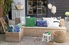 Bench idea for our terrasse. Garden Storage Bench, Outdoor Garden Bench, Patio, Outdoor Seating, Outdoor Sofa, Outdoor Spaces, Outdoor Gardens, Outdoor Living, Storage Benches