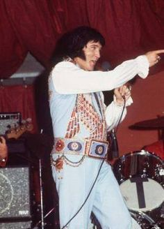 Elvis - September 2 1976 Curtis Hixon Hall Tampa FL