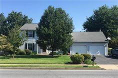 Stan Dzhindzhiev, Allentown, Agent Phone: http:// Looking for spacious house with fenced in yard in Bethlehem twp? Bethlehem Pa, Gardening, Mansions, The Originals, House Styles, World, Outdoor Decor, Home Decor, Decoration Home
