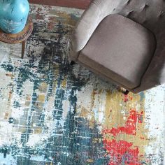 Enhance your living space with this artistic/abstract wool piece. It was hand-knotted by craftsmen in New Zealand! Discover more beautiful area rugs at www.beautifularearugs.com