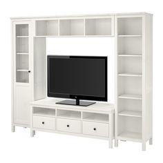 HEMNES Mueble TV combinación IKEA.  Ancho: 247 cm profundidad máxima: 37 cm Altura: 197 cm  La idea es comprar por separado los módulos de los lados y arriba, sin el mueble de la TV y sin TV. En ese hueco iría la mesa, pegada a la pared mientras no se come en ella.