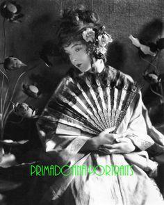"LILLIAN GISH 8x10 Lab Photo 1919 ""JAMES ABBE"" Elegant Fan, Soft Focus Portrait"